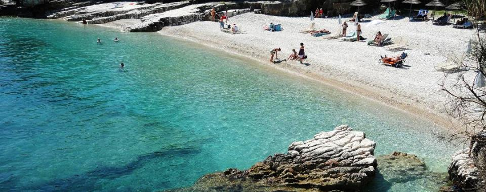 Discover the magnificent beaches and crystal clear water